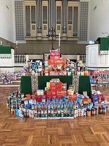 first-presbyterian-church-collects-more-than-3000-items-to-win-souper-bowl-food-drive-competition