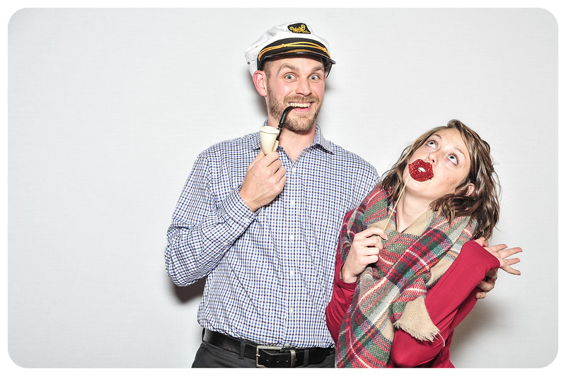 WDTN-TV-Holiday-Photobooth-45.jpg