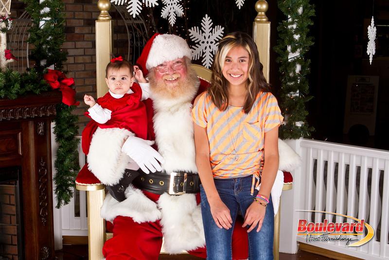 Santa Dec 8-324.jpg