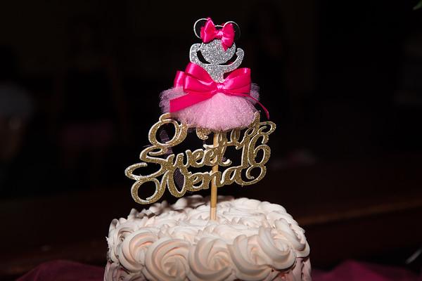 Nenas Sweet 16