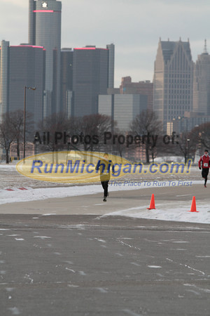 Finish Gallery 1 - 2013 Fifth Third Bank New Years Eve 5K