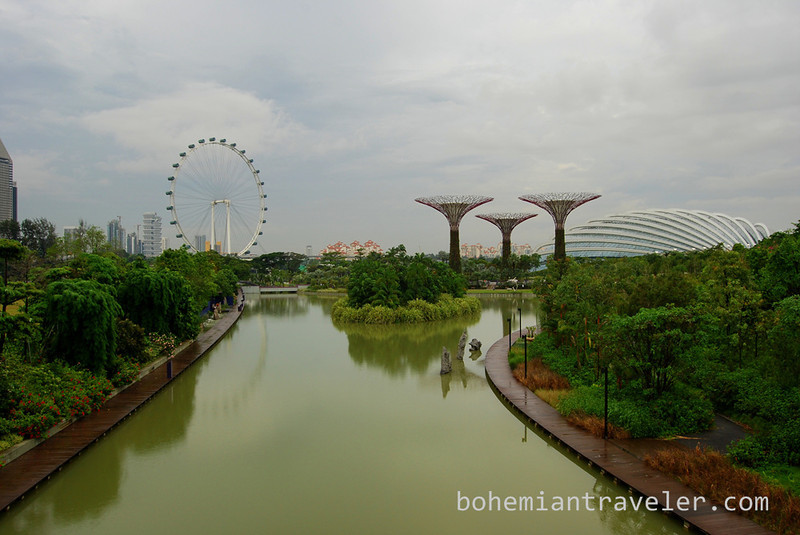 Super Trees at Gardens by the Bay Singapore.jpg