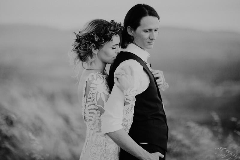 Garrett&HayleyBW-346.jpg