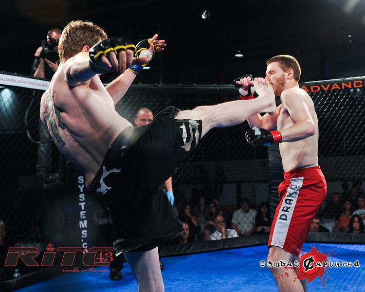 RITC43 B04 - Garrett Raines def Francois Bourassa-combatcaptured-0004.jpg