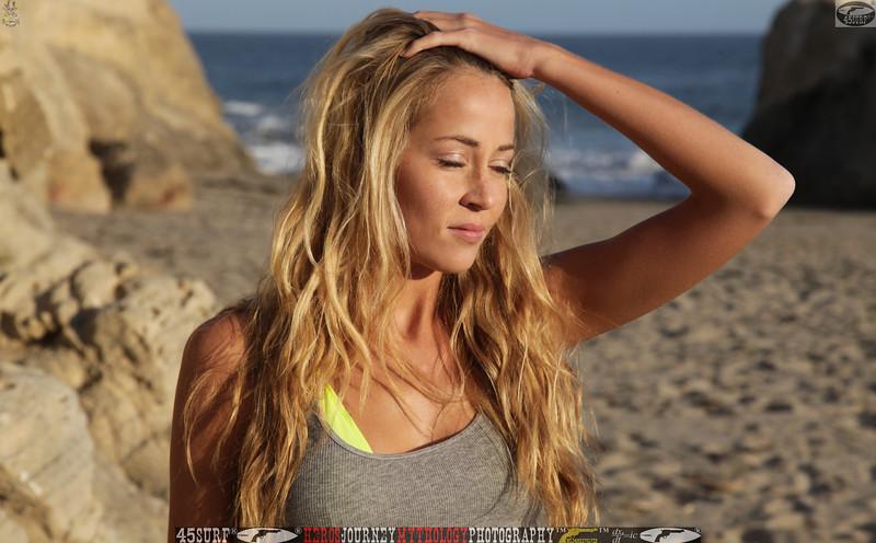 45surf_swimsuit_models_swimsuit_bikini_models_girl__45surf_beautiful_women_pretty_girls078.jpg