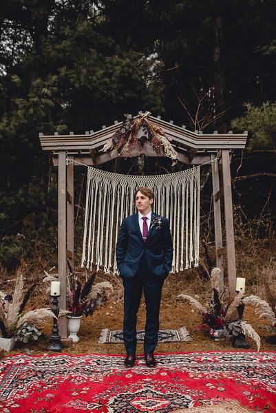 Requiem Images - Luxury Boho Winter Mountain Intimate Wedding - Seven Springs - Laurel Highlands - Blake Holly -1339.jpg