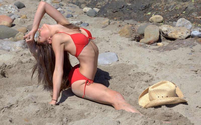 45surf bikini swimsuit model hot pretty swimsuit model 45 049.lkkl,.,..jpg