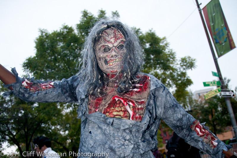 NYC_Halloween_Parade_2011-6209.jpg