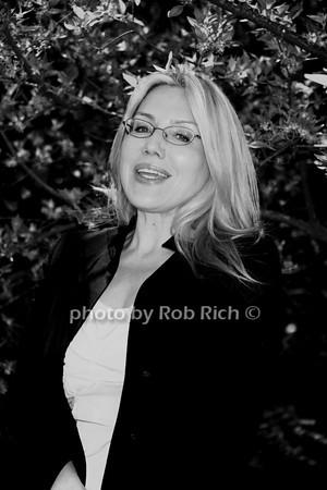 Dolly Lenz photo by Rob Rich/SocietyAllure.com © 2014 robwayne1@aol.com 516-676-3939