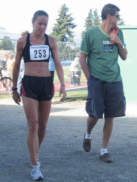 2005 Run Cowichan 10K - img0247.jpg