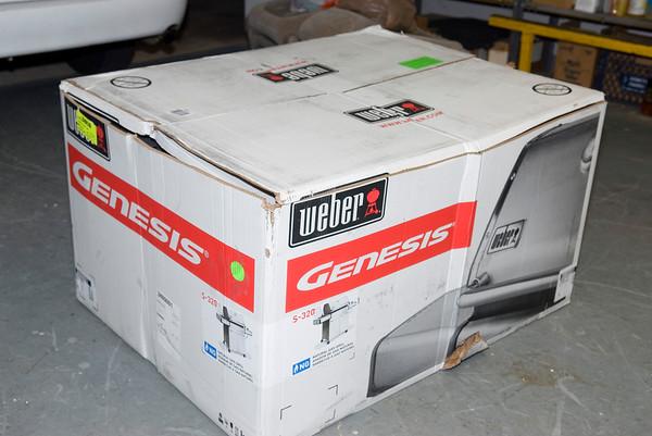 Weber Genesis S320 grill