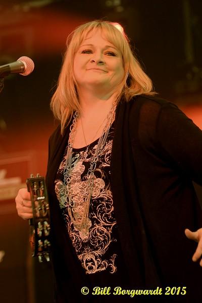 Shawna Lynne - Dirt Road Angels - Rainmaker Rodeo 2015 0048