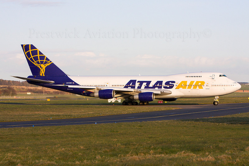 N522MC. Boeing 747-2D7B(SF). Atlas Air. Prestwick. 140408.