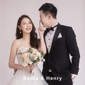 Studio Pre-Wedding : Beata and Henry
