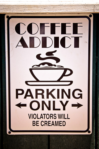 coffees of hawaii parking.jpg