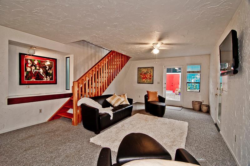 family room 2 bottom flr.jpg