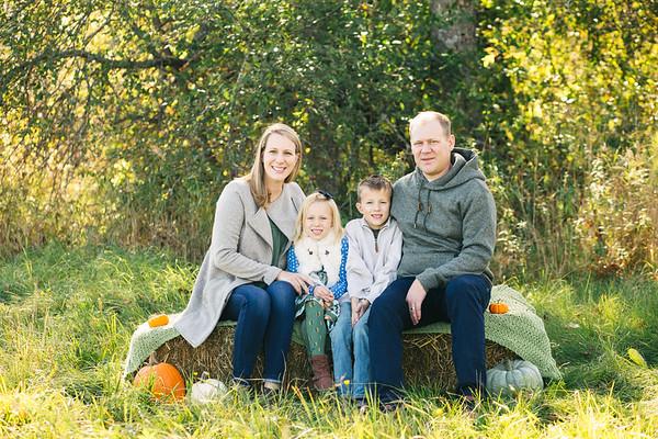 FAMILY MINI SESSIONS-The Elderkin-Mills [For Jen]