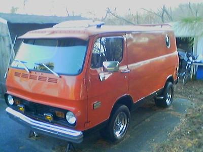 Ed's 68 GMC Handi Van