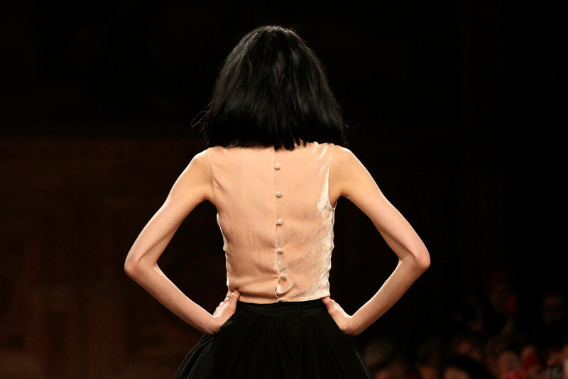 . A model presents a creation from Australian designer Martin Grant\'s Fall-Winter 2013/2014 women\'s ready-to-wear collection during Paris Fashion Week March 2, 2013.  REUTERS/Gonzalo Fuentes