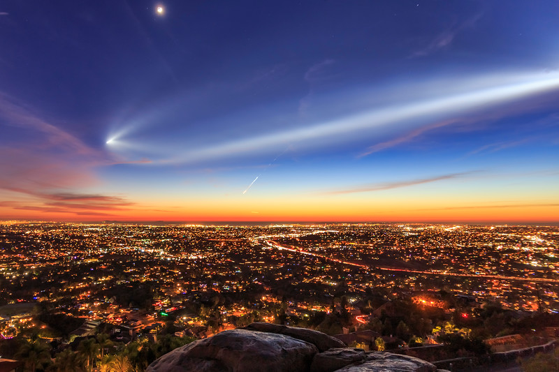 Vandenberg AFB SpaceX Falcon 9 Rocket Launch Over San Diego