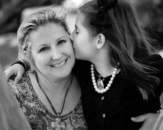 Dena and Piper Family Portraits