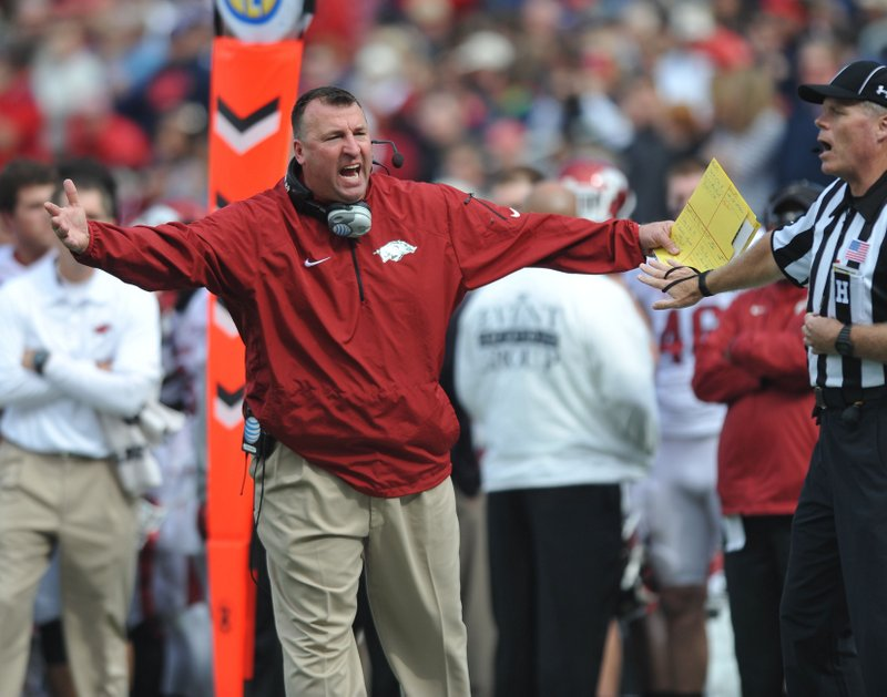 ". <p>9. BRET BIELEMA <p>Arkansas fans aren�t yelling �Wooo Pig Sooie!� They�re just yelling �Pig!� (4) <p><b><a href=\'http://www.mrsec.com/2013/11/arkansas-bielema-fish-water/\' target=""_blank\""> HUH?</a></b> <p>    (AP Photo/Oxford Eagle, Bruce Newman)"
