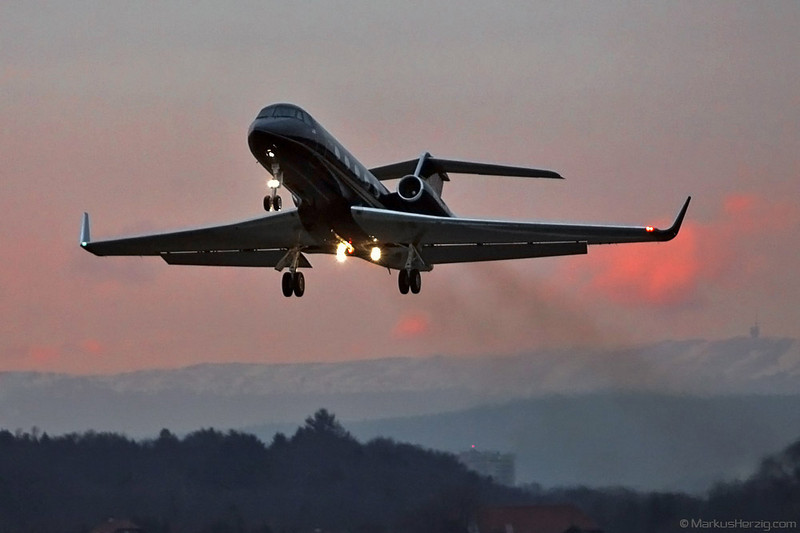 N666SA Gulfstream 2SP Weststar @ Bern Switzerland 25Jan11