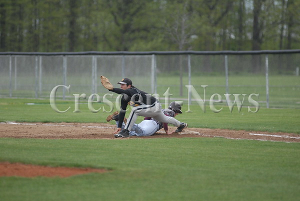 05-16-14 SPORTS Genoa @ Fairview Sectional BB