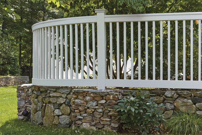 177 - 432479 - Redding CT - Custom Yorktown Picket Fence