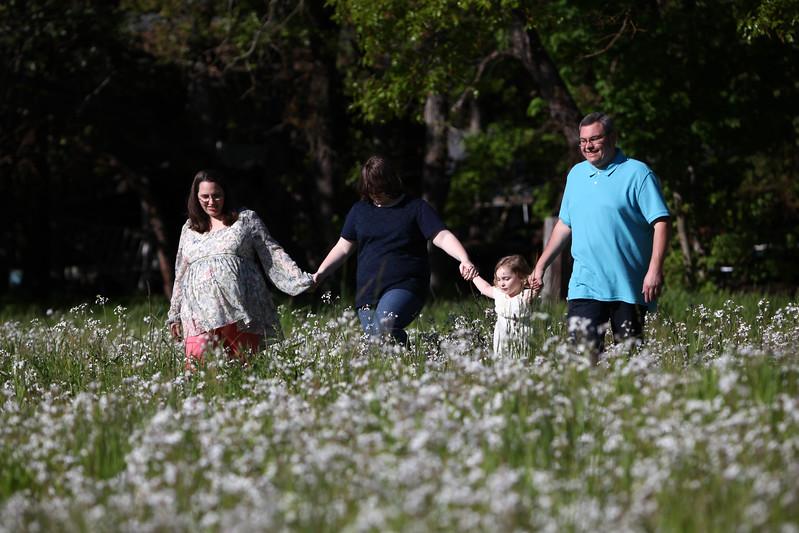 208-2017-04-30 Sams Family Maternity.jpg