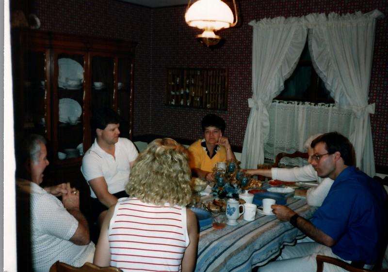 1989_Spring_Amelia_birthday_trip_to_pgh_debbie_0022_a.jpg