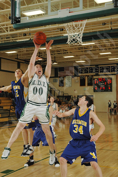 MDI boys ball vs hermon 40.JPG