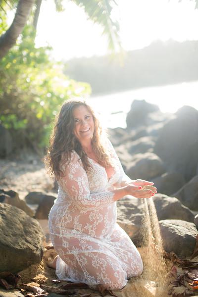 kauai-maternity-47.jpg