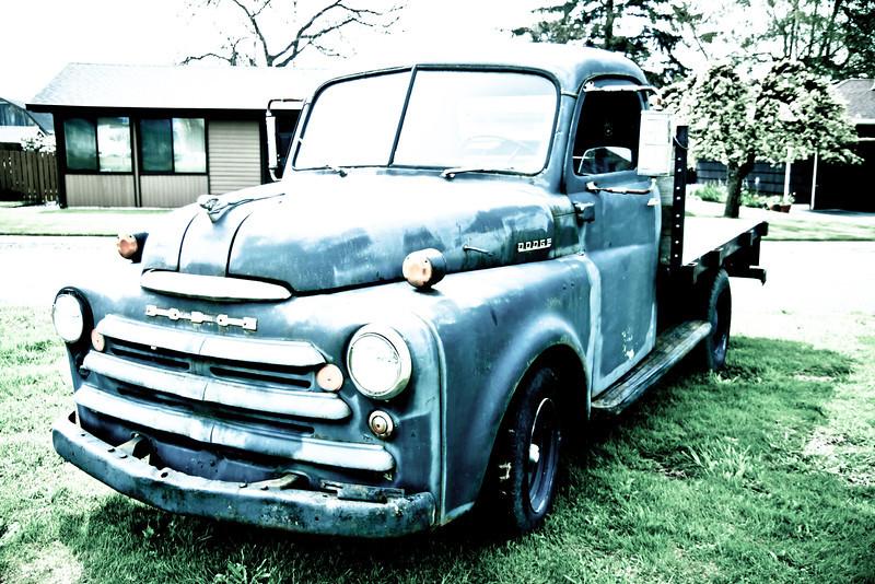 Old Truck 002.jpg