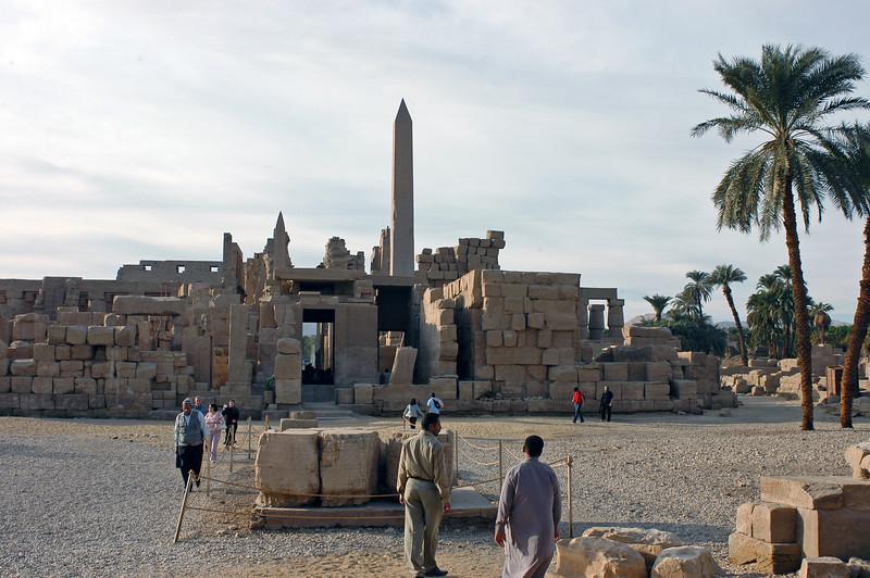 Karnak Temple 01.08.06 0027.jpg