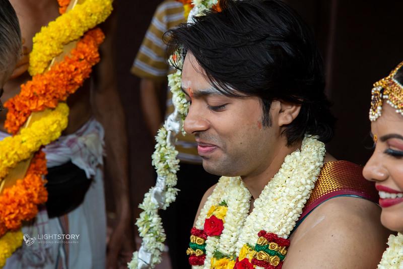 LightStory-Lavanya+Vivek-1001.jpg