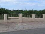 fencing panels betweeen pillars.png
