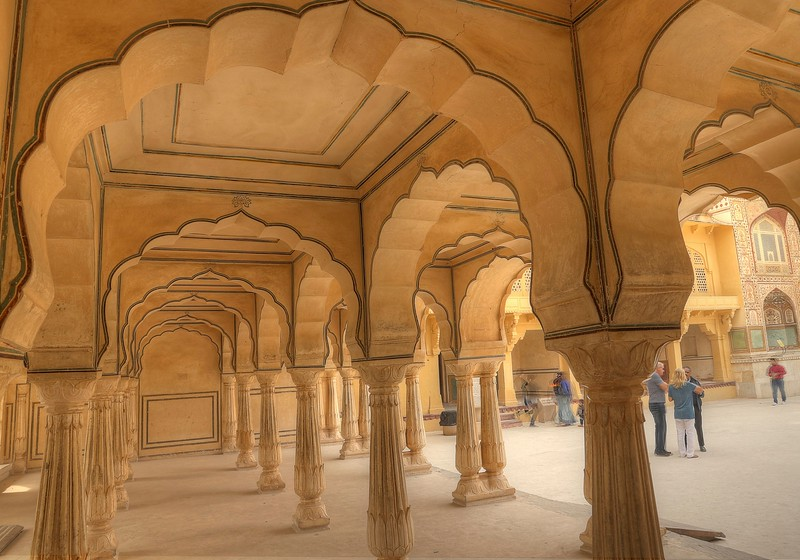 Delicate scalloped arches at Amer Fort, Jaipur