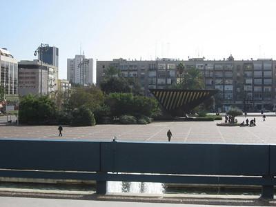 Day 10: Tel Aviv, Mini Israel & Airplane