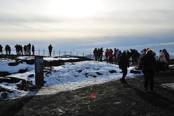 "Faille de Þingvellir Latitude  64 ° 15' 18 ""N"