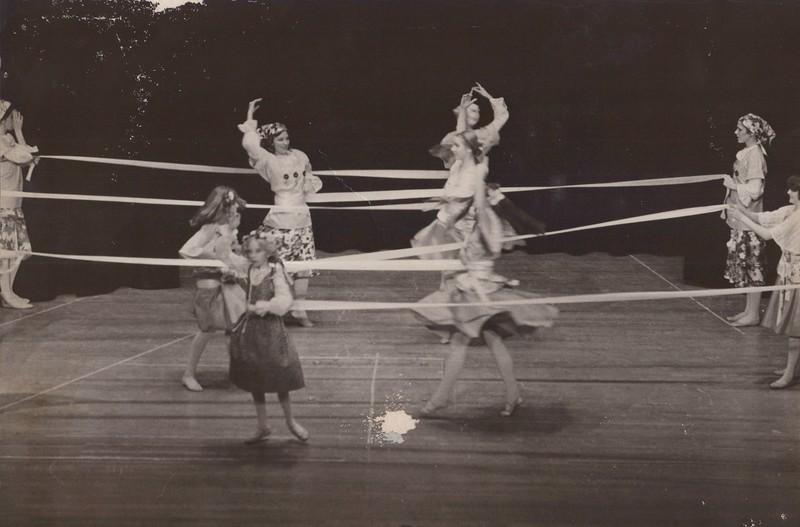 Dance_2828.jpg