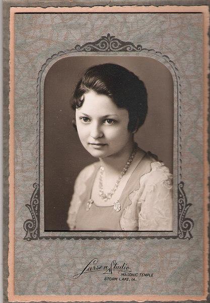 Verna Mae, The early years