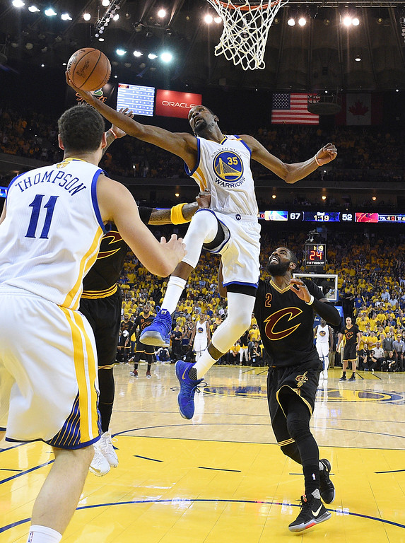 . Golden State Warriors forward Kevin Durant (35) shoots against the Cleveland Cavaliers during the first half of Game 5 of basketball\'s NBA Finals in Oakland, Calif., Monday, June 12, 2017. (Kyle Terada/Pool Photo via AP)