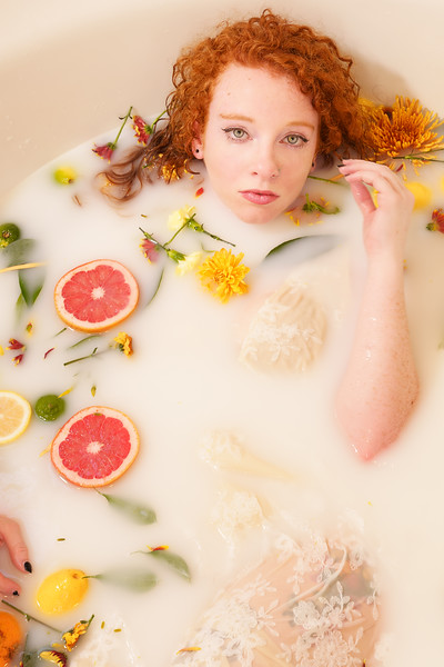 2020-11-23 Hannah milk bath7030-Edit.jpg