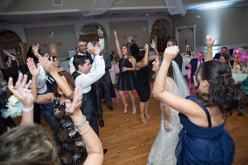 1086_loriann_chris_new_York_wedding _photography_readytogo.nyc-.jpg