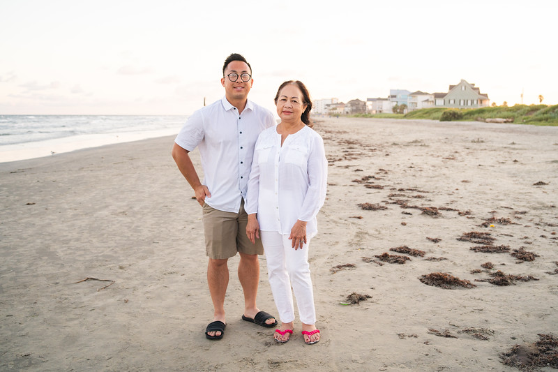 Mom_70th_Bday_Galveston_2019-130.jpg