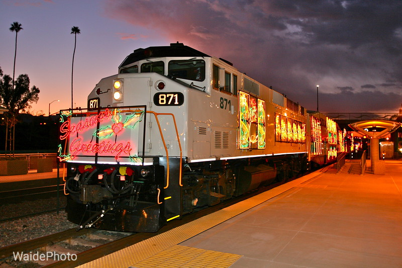 "Metrolink ""Holiday Toy Express"" - Corona, California, 2009"