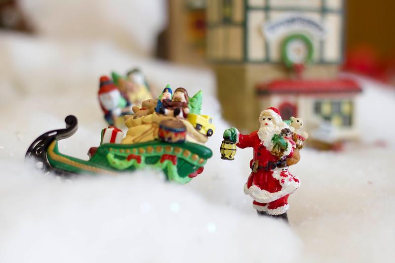 2015_12_04_Christmas_Villiage_9149.jpg