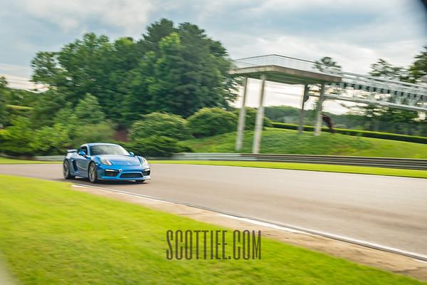 Cayman GT4 Blue 70