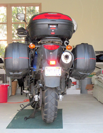 Givi Asymetrical rack and cases